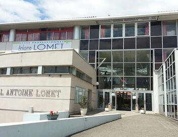 Antoine Lomet High School